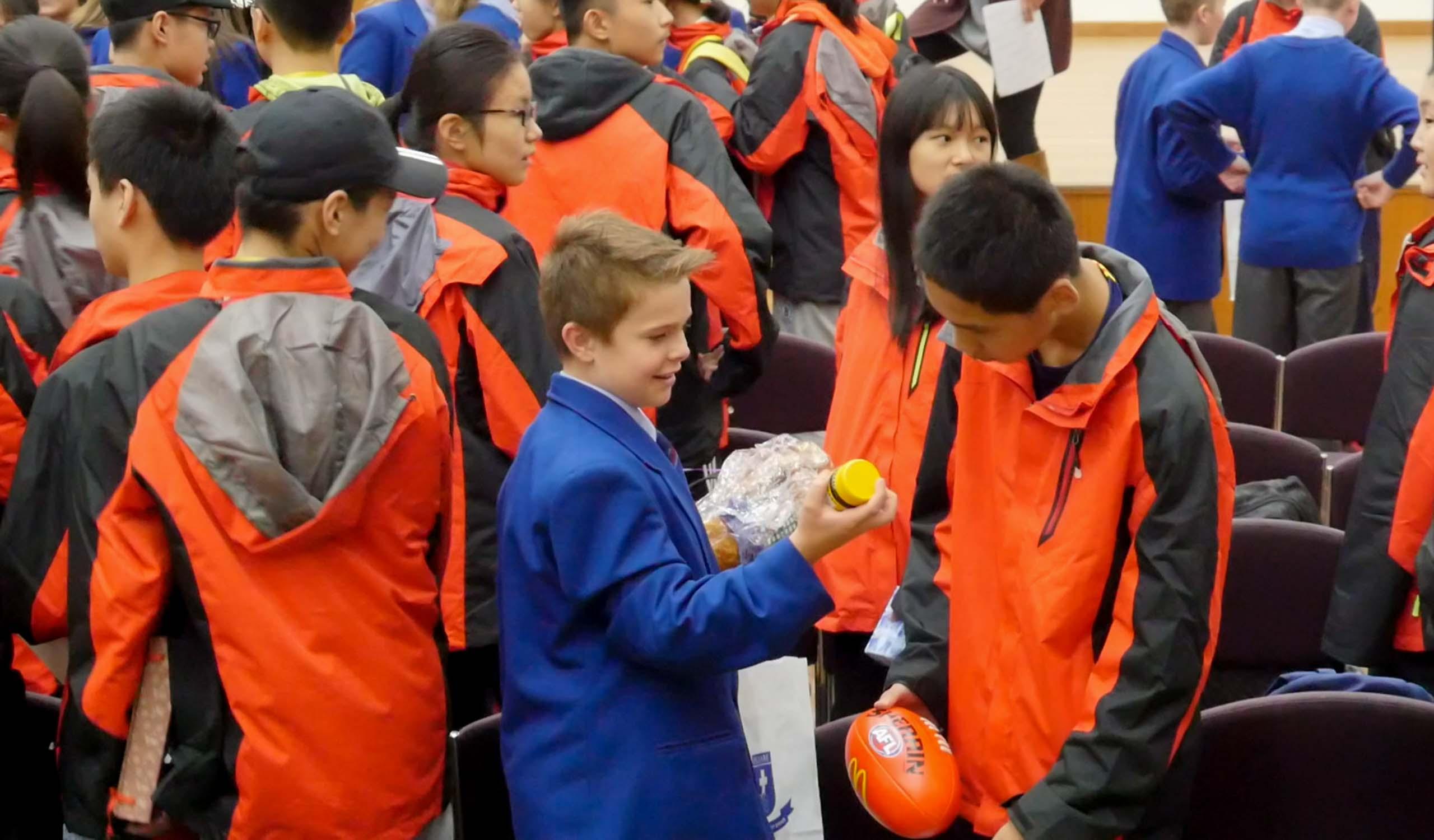Pedare Jinan School Visit