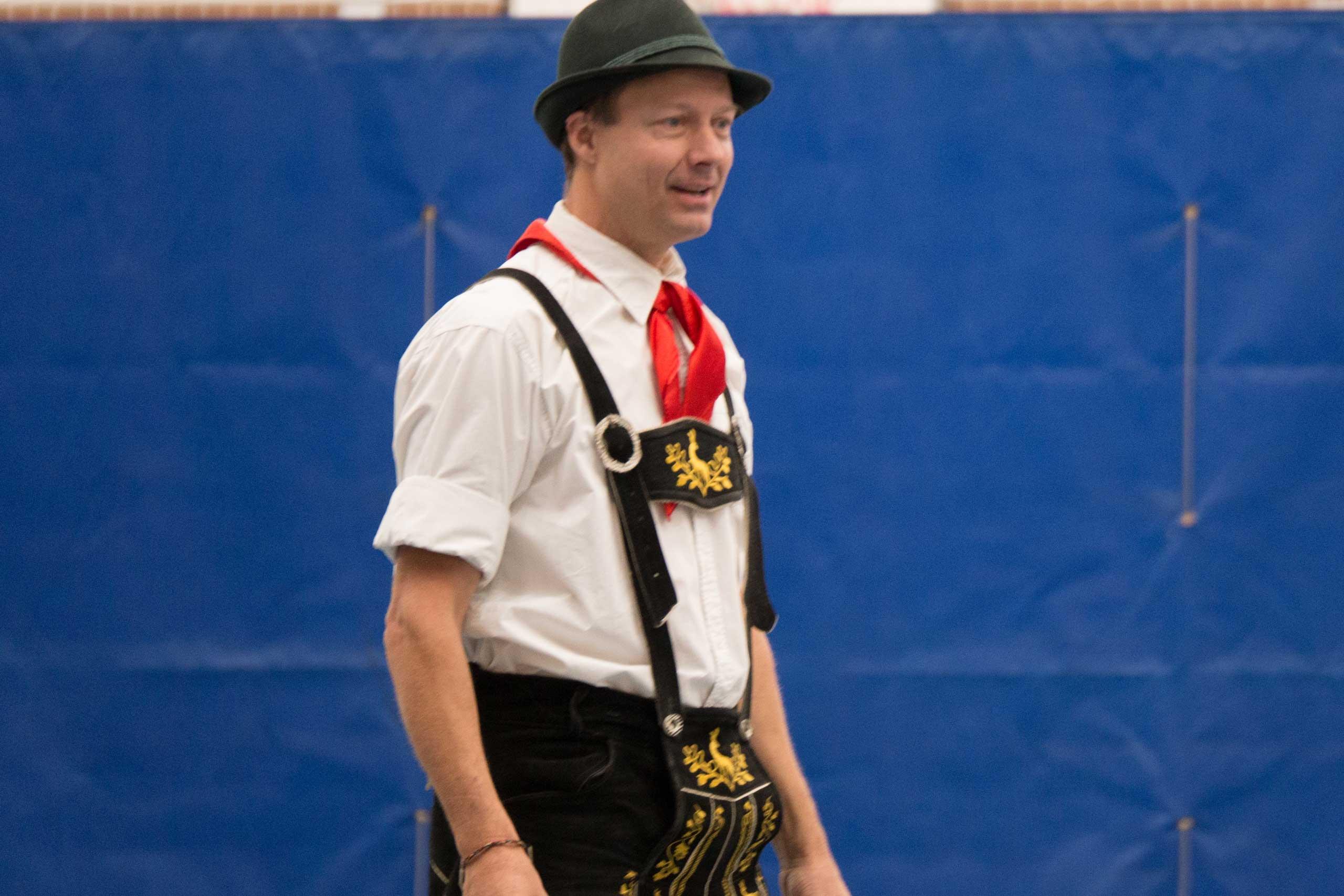 Year 6 German Dance teacher