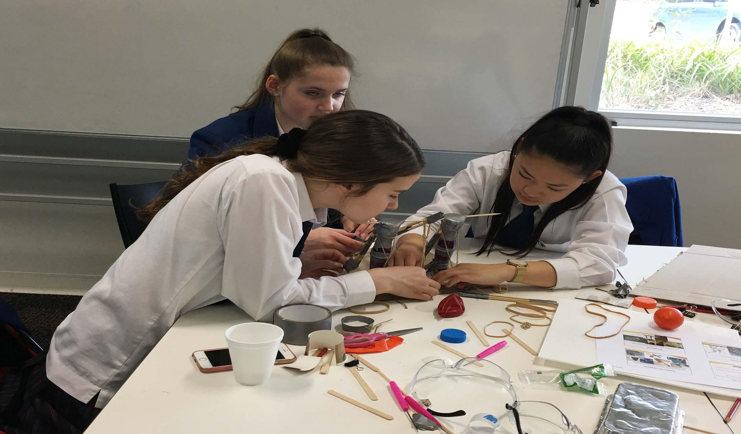 Inspiring-Women-in-STEM-4