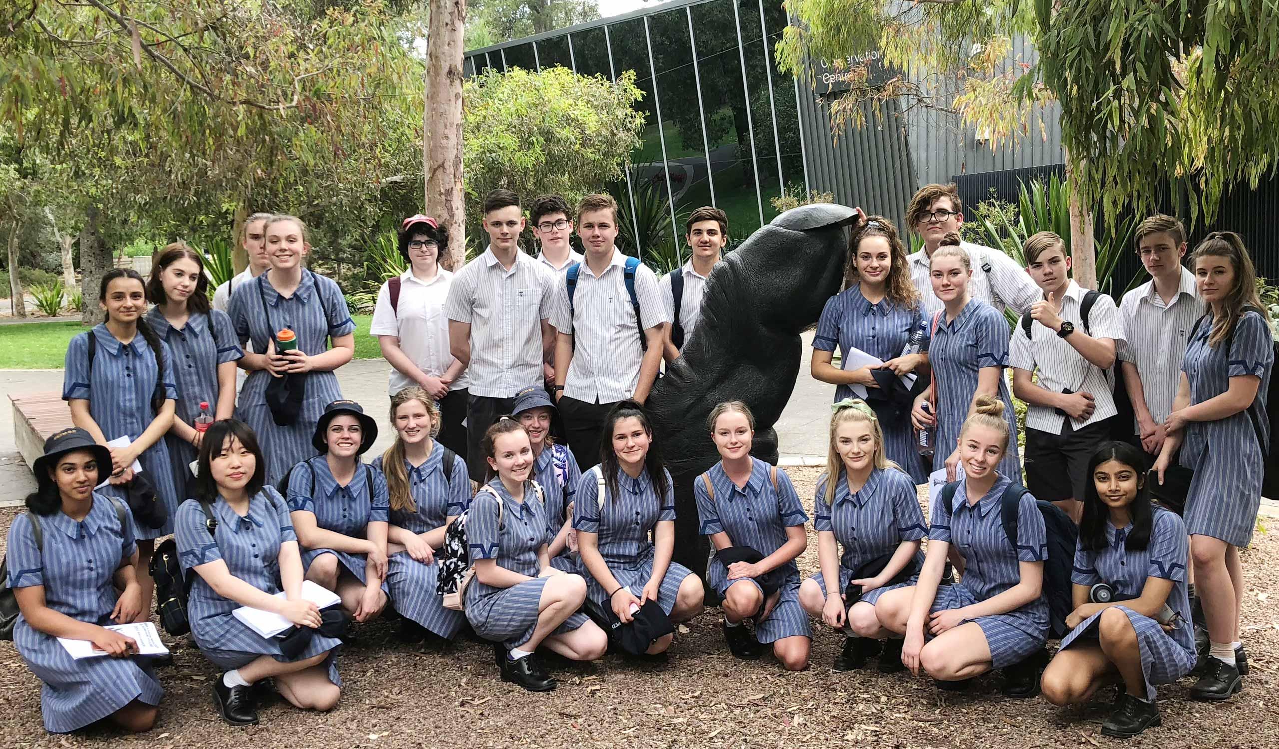 Yr-11-Biology-Zoo-Trip-Group-Photo